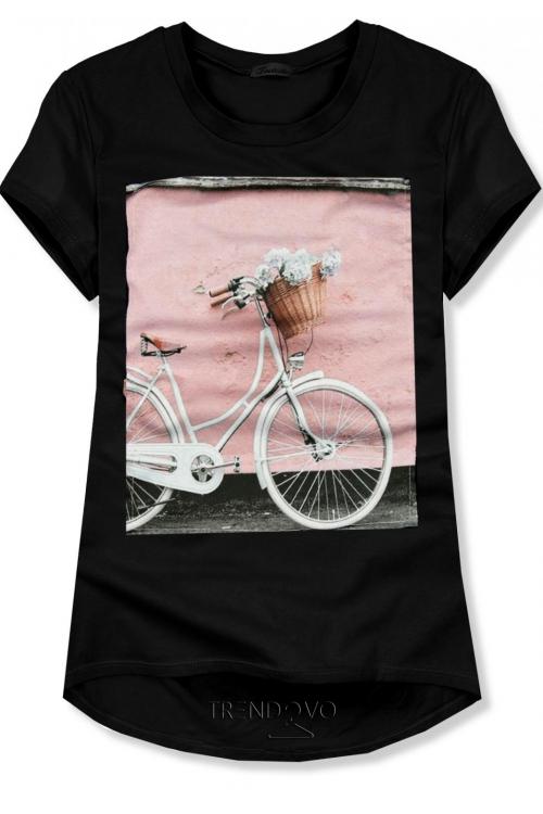 20075646c8f2 Černé tričko s motivem