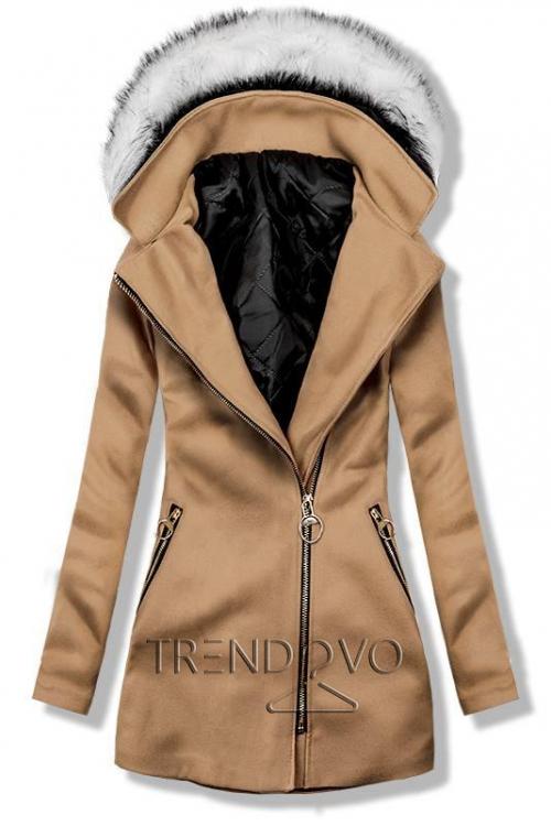 Hnědý kabát s kapucí