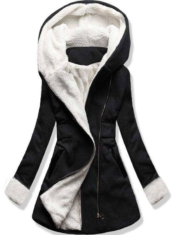 Černý zimní kabát s kapucí
